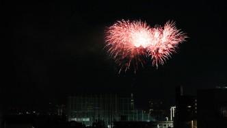 明治神宮球場の花火