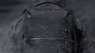 防水素材で雨の日も楽しめる!アウトドア好きも納得のバッグ4選