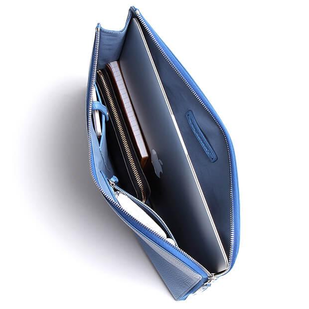 ガレリアントのクラッチバッグの画像